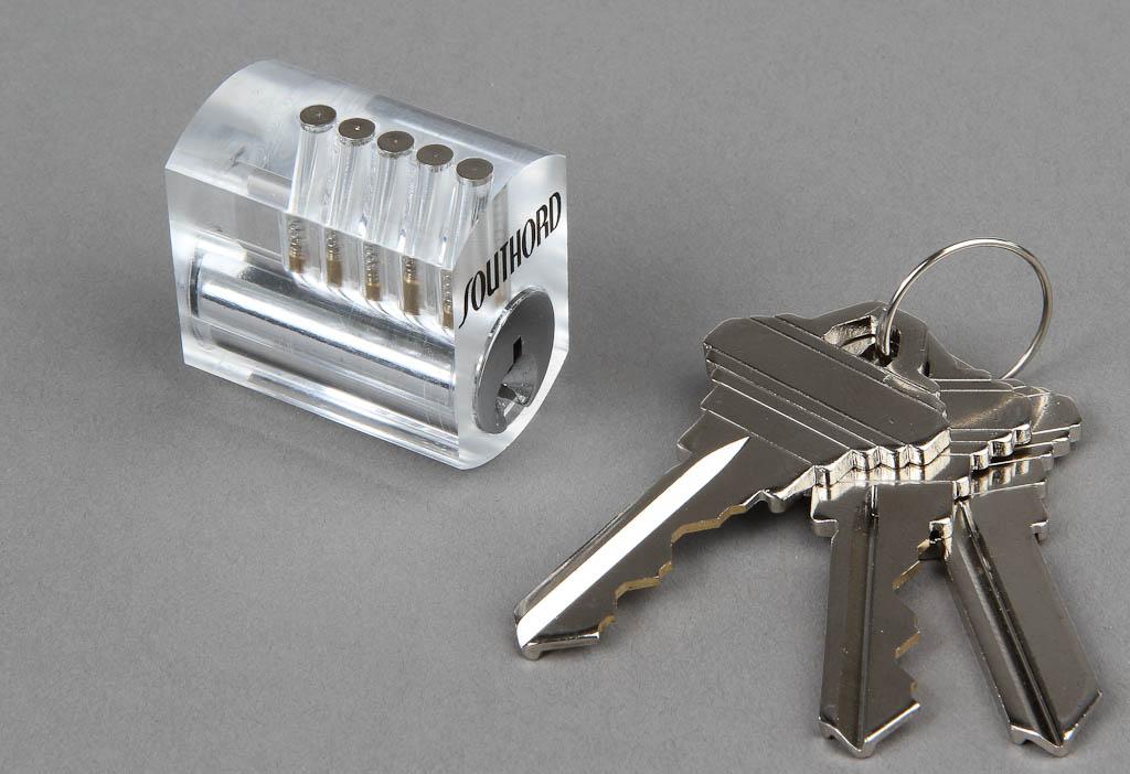 Greg Miller s Guide to Lock Picking for Beginners