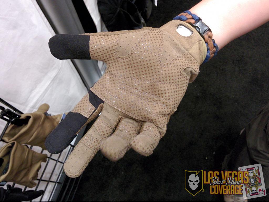 Halberd Gloves