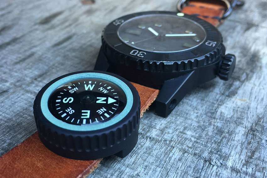 expedition-watch-band-compass-01-site