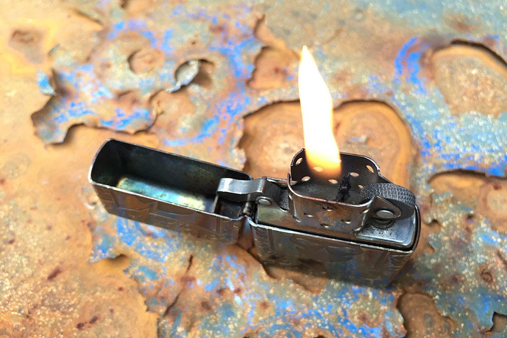 its-steel-flame-zippo-lighter-05