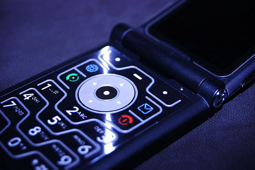 prepaid-phone-01