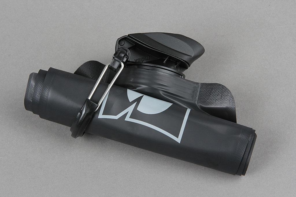 blackout-vapur-bottle-08