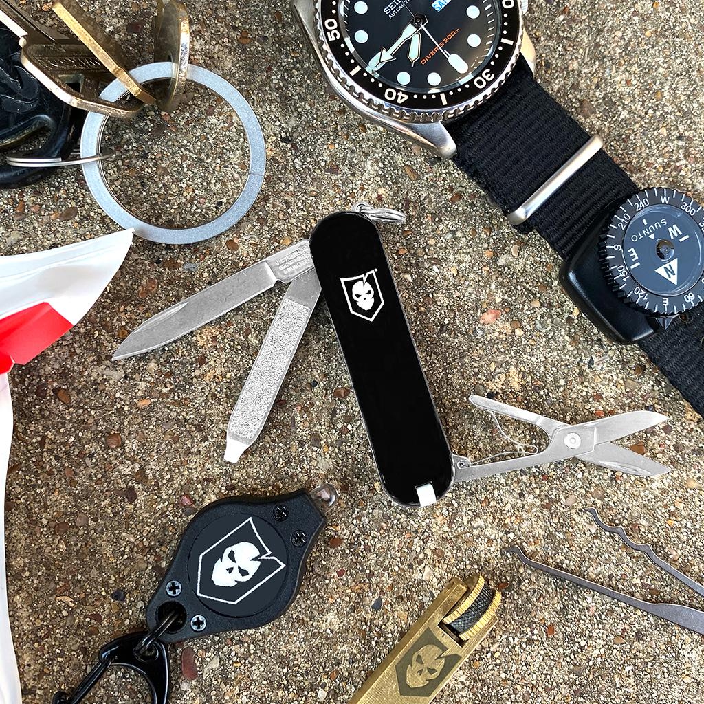 ITS EDC Swiss Army Knife Body 02